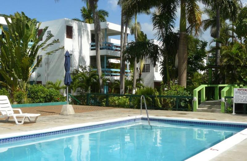 Outdoor pool at Negril Beach Club Condos.