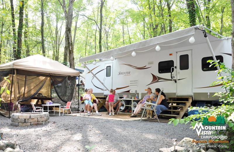 RV camp at Mountain Vista Campground.