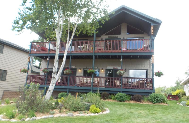 Cabin exterior at Nitschke's Northern Resort.