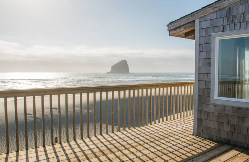 Rental deck at Kiwanda Coastal Properties.