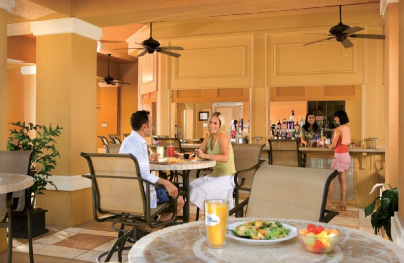 Dining at Floridays Resort Orlando.