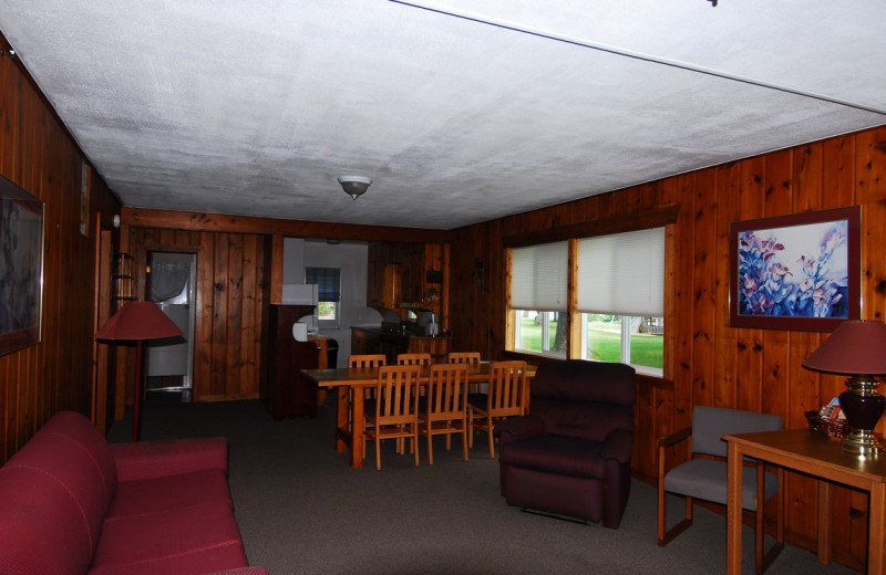 Cabin interior at Geiger's Trails End.