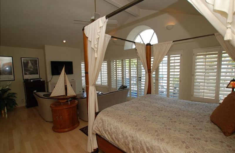 Vacation rental bedroom at Burr White Realty.