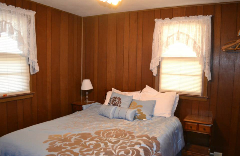 Guest bedroom at The Cottage Resort & Marina Inn.