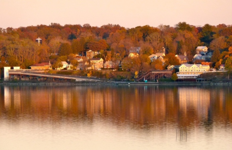 View of Hudson River at The Rhinecliff Hotel.