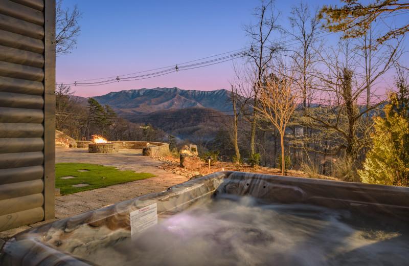 Rental hot tub at Stony Brook Cabins LLC.