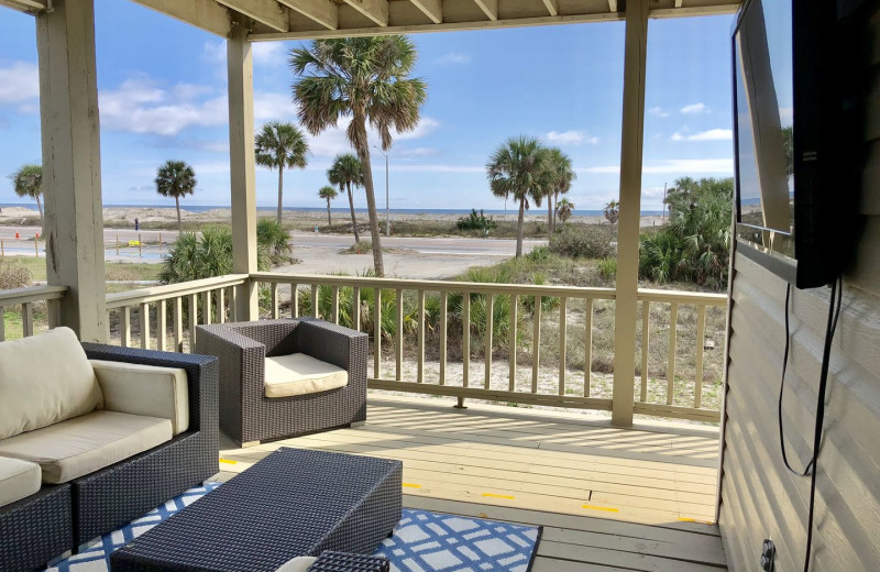 Rental balcony at Lucky Bird Vacations.