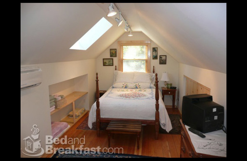 Guest room at Chichester-Mc Kee House B&B.