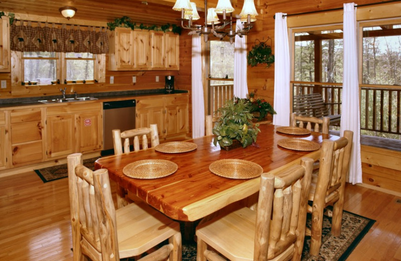 Dining room in cabin at Little Valley Mountain Resort