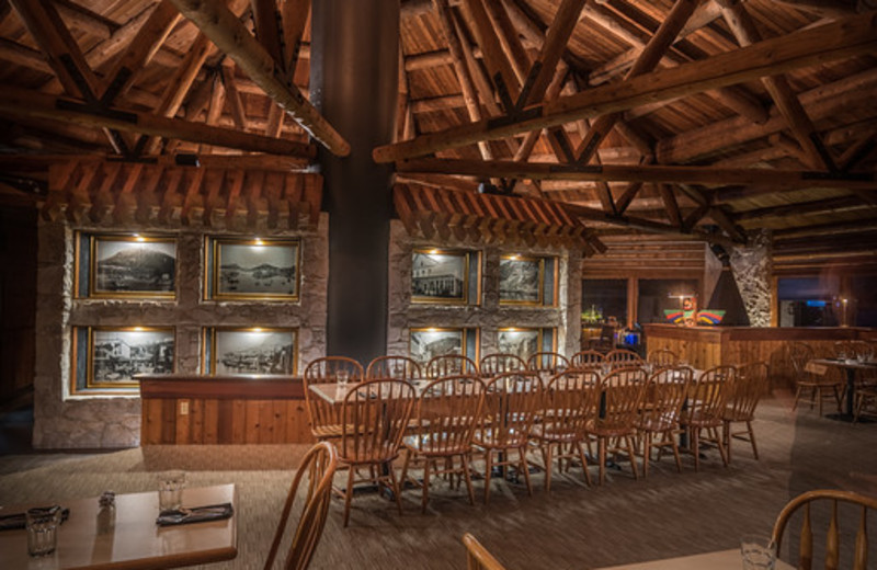 Timbers Restaurant in the heart of Salmon Falls Resort