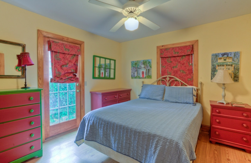Vacation rental bedroom at Hodnett Cooper.