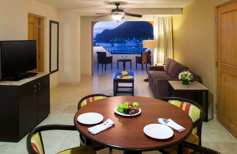 Guest suite at Tesoro Los Cabos.