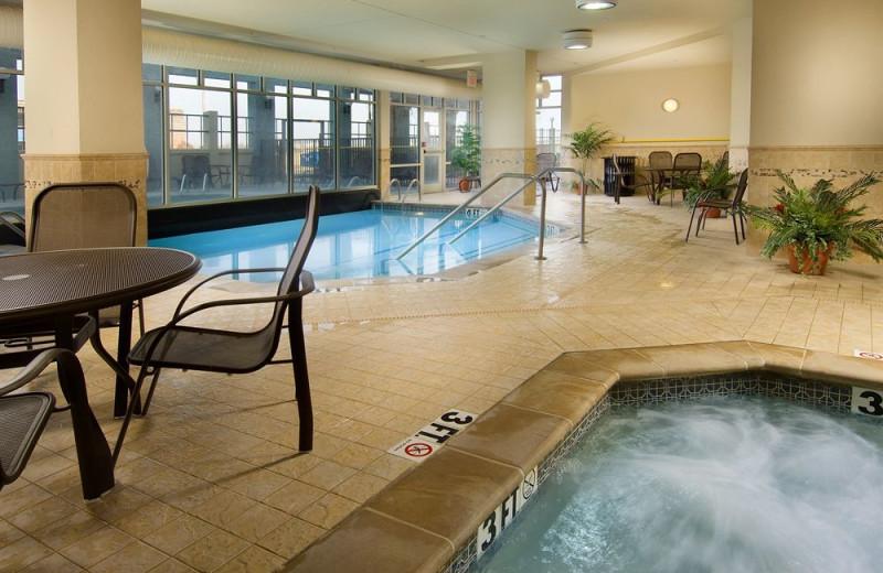 Indoor pool at Drury Inn Sikeston.