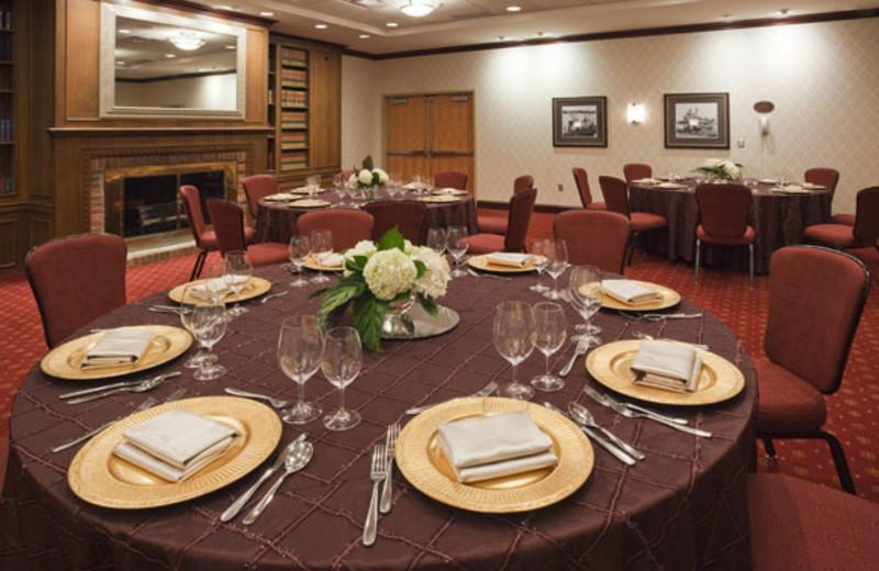 Banquet Room at Crowne Plaza Minneapolis