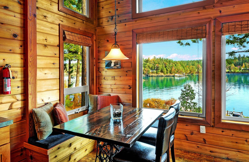Guest dining area at Snug Harbor Marina Resort.