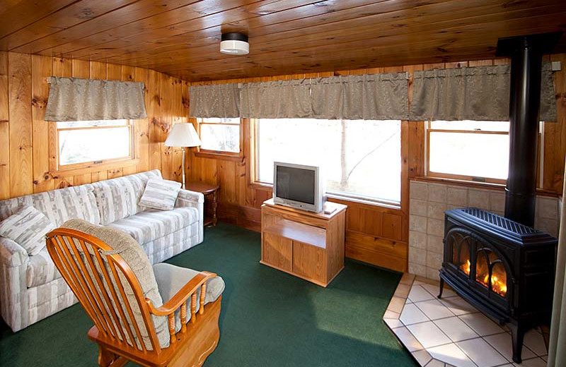 Riverbank Motel Amp Cabins Lincoln Nh Resort Reviews