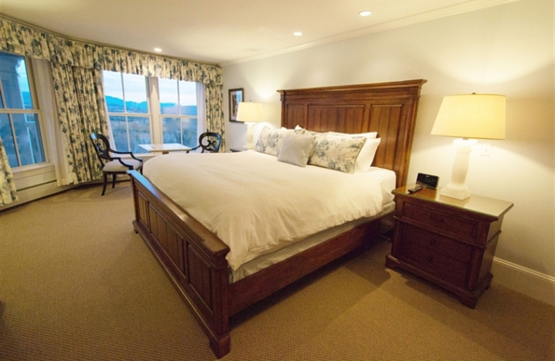 Guest room at Mountain View Grand Resort.