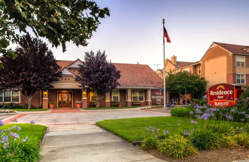Exterior view of Residence Inn San Jose South.