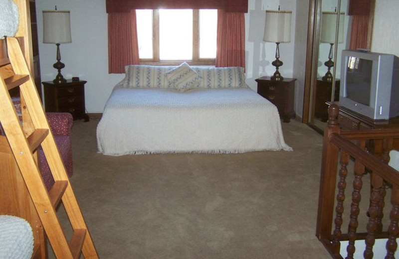 Guest room at Basswood Country Resort.