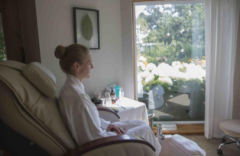 Relaxing at Elmhirst's Resort.