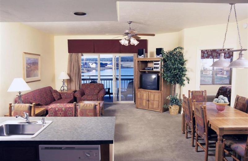 Guest suite interior at Wyndham Pagosa.