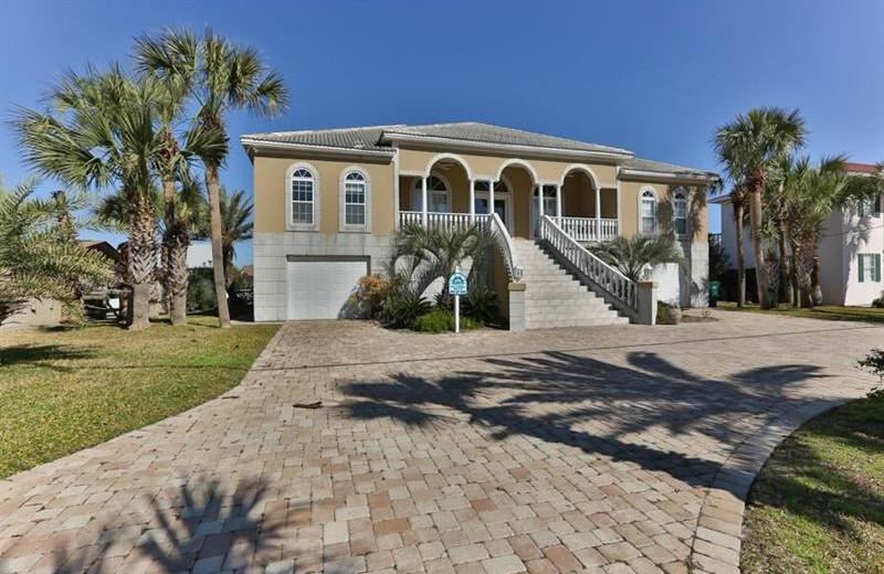 Rental exterior at Holiday Isle Properties.