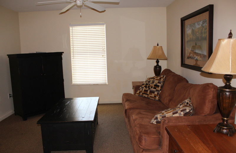 Guest living room at The Retreat at Center Hill Lake.