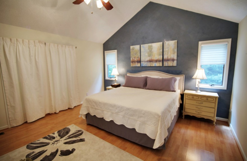 Rental bedroom at Pinnacle Sotheby's International Realty.