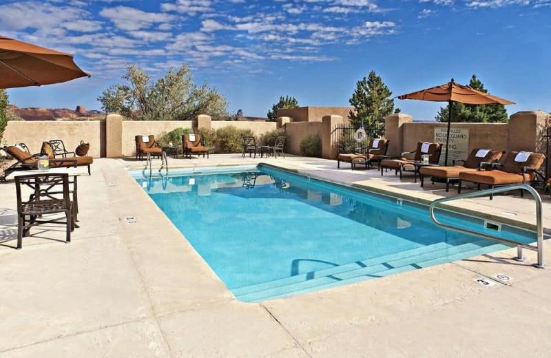 Outdoor pool at Hampton Inn Kayenta.