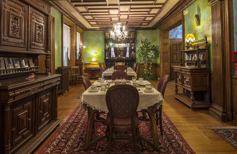 Dining room at The Parador of the Palm Beaches.