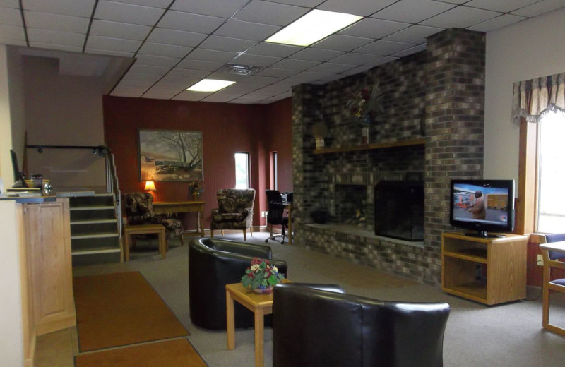 Lobby at Wagon Wheel Inn & Suites.