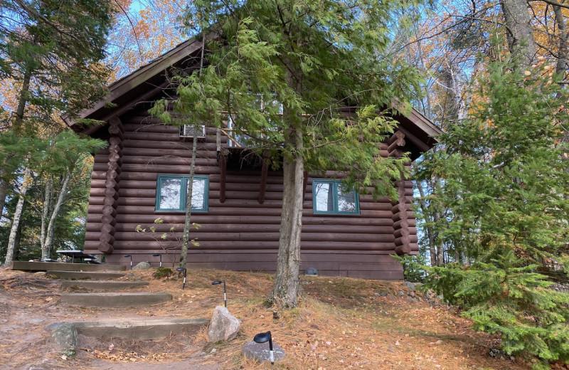 Cabin exterior at Lakewoods Resort.