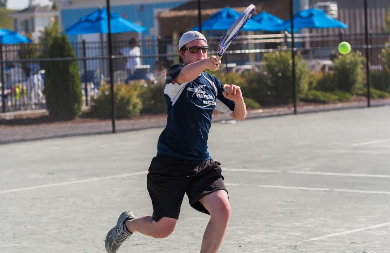 Tennis court at Sandbanks Summer Village Cottage Resort.