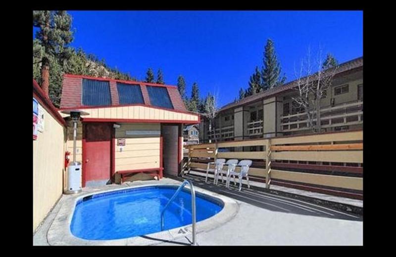 Hot tub at Econo Lodge.