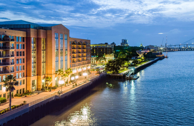 Exterior view of Savannah Marriott Riverfront.
