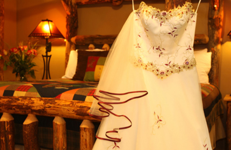 Wedding at  Carson Ridge Cabins