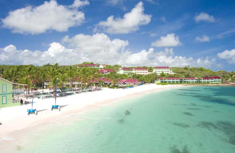 Exterior view of Allegro Resort Pineapple Beach.