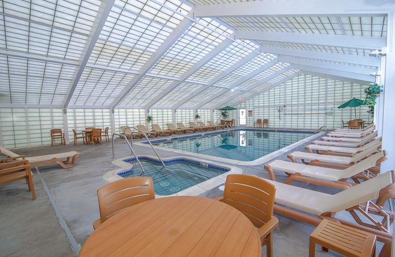 Indoor pool at Rivergreen Resort.