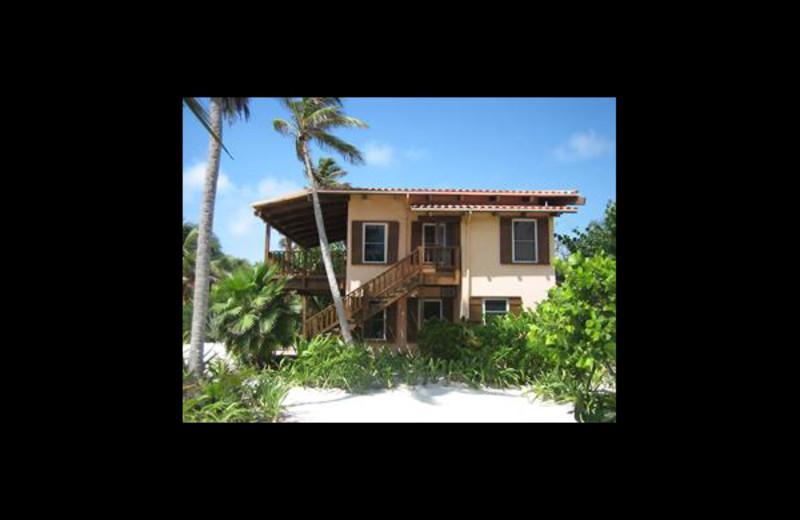 Exterior view of Coco Caye Villa.