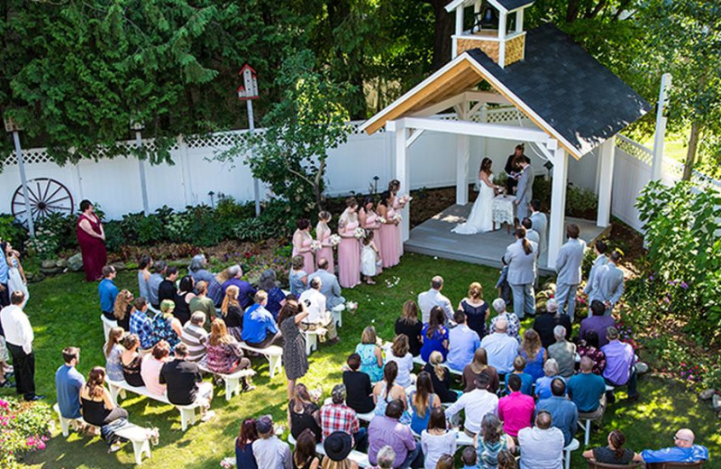 Weddings at Phineas Swann Bed and Breakfast.