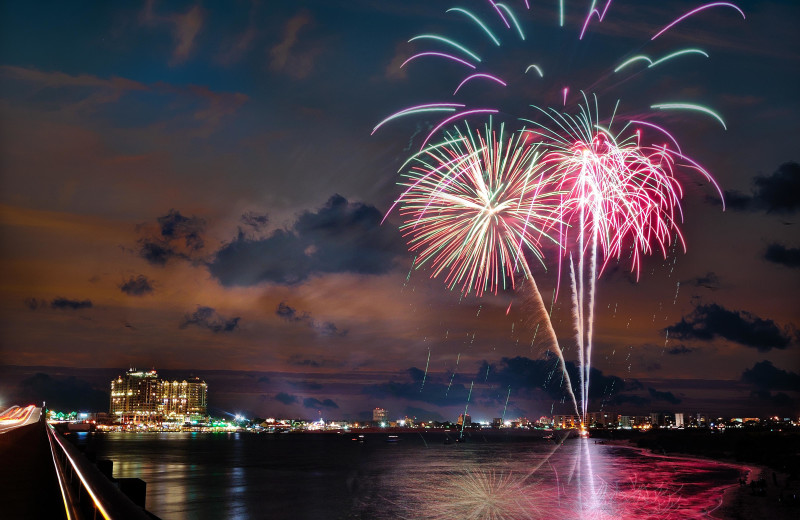 Fireworks at The Islander in Destin.