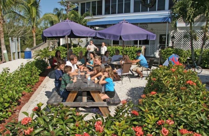 Family gathering at Palm Island Resort.