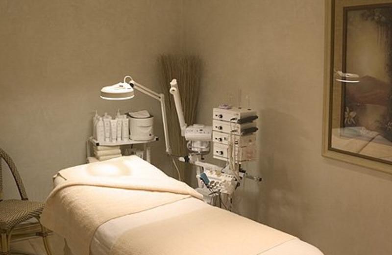 Spa Massage Table at Semiahmoo Resort