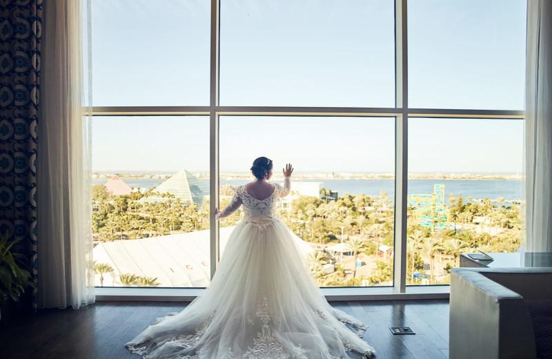 Bride at Moody Gardens Hotel Spa & Convention Center.