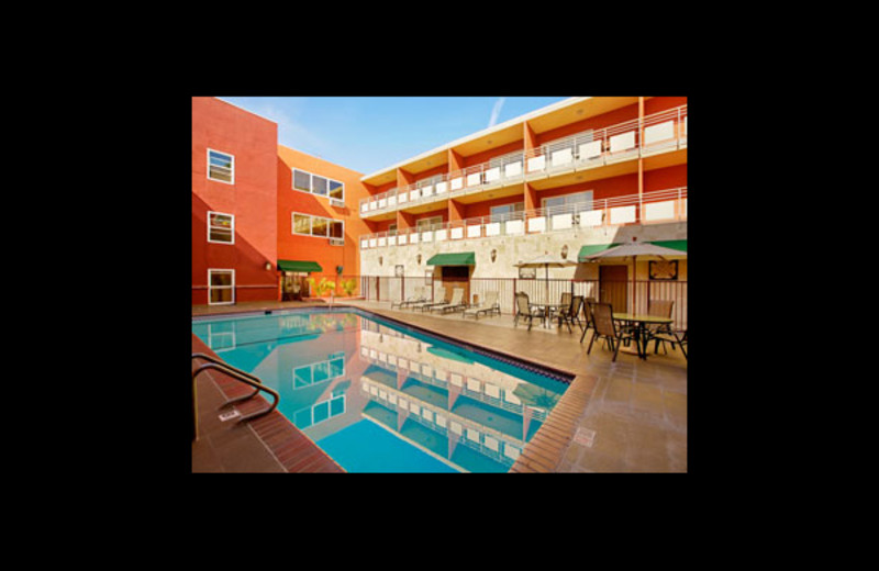 Outdoor pool at Ramada Los Angeles/Downtown West.