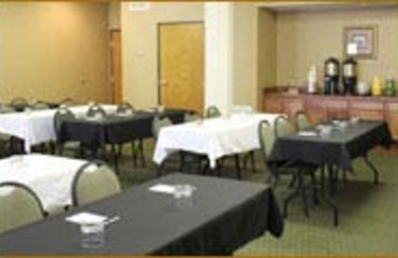 Continental Breakfast at Best Western Plus Hill Country Suites