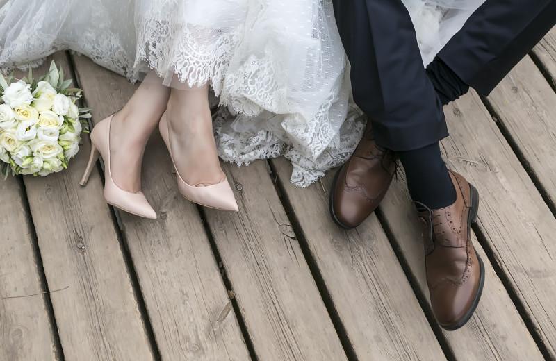 Weddings at Waters Edge B&B Resort.