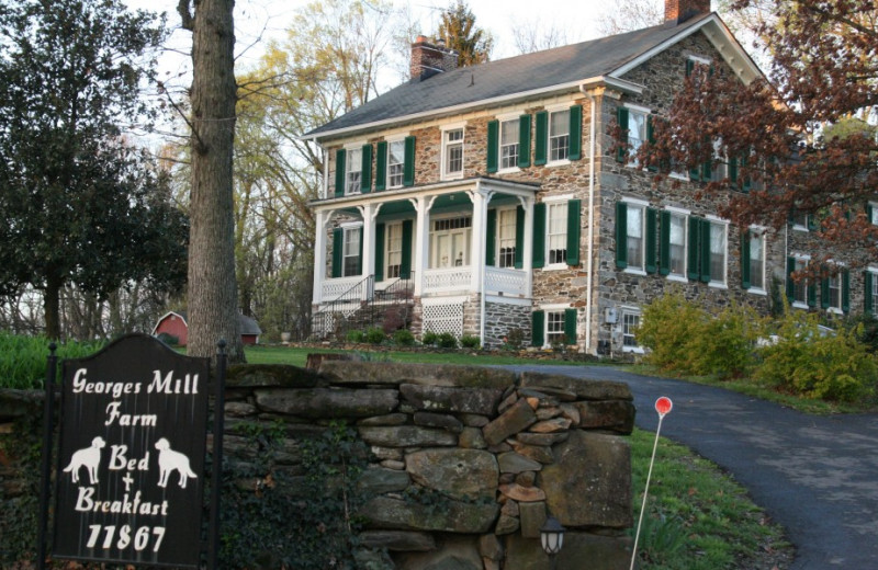 Exterior view of Georges Mill Farm.
