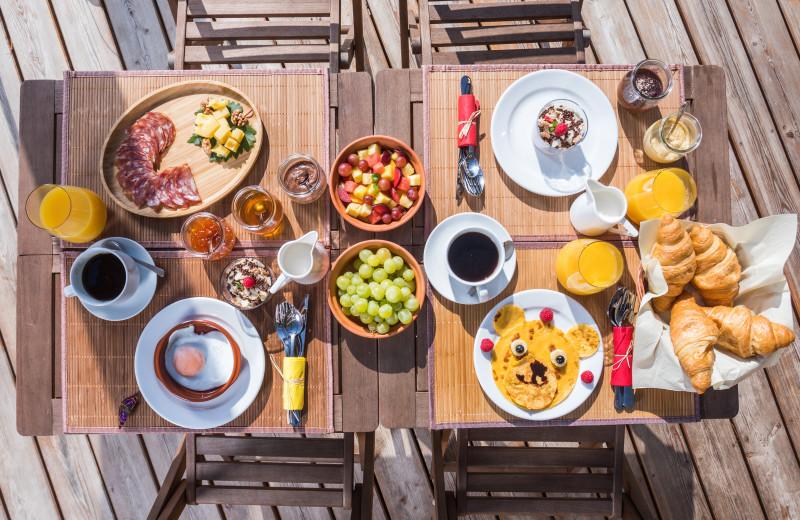 Breakfast at Chateau Ramšak Glamping Resort.