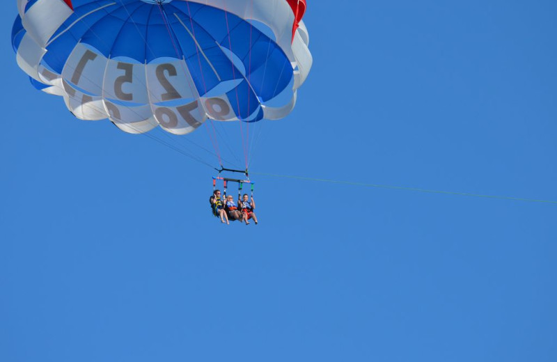 Parasailing at Gulf Shores Rentals.